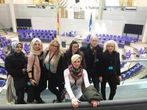Gruppe der Fortbildung öffentliche Verwaltung zu Besuch im Reichstag Berlin
